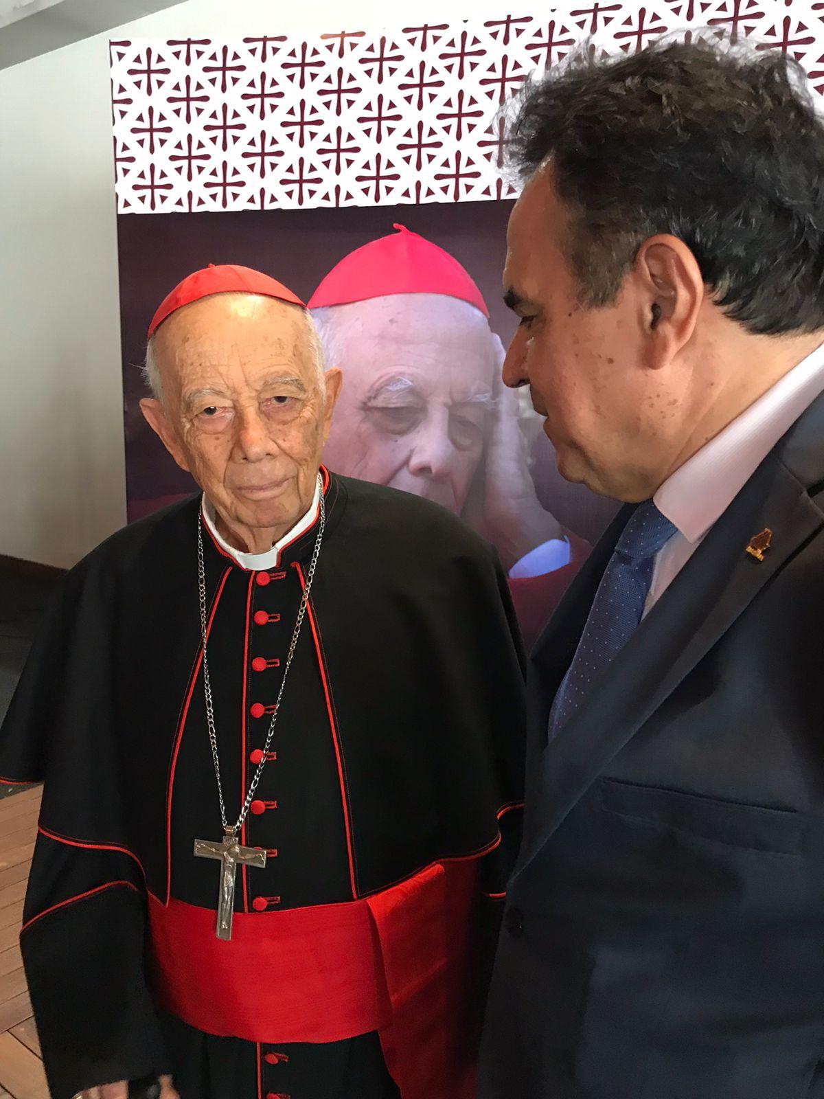 """PRESENTACIÓN """"MEMORIAS DE GRATITUD"""""""